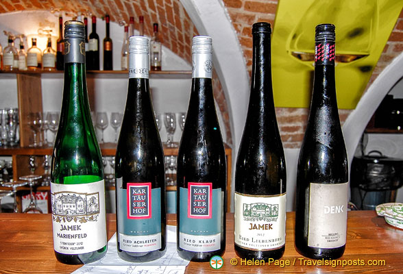 Wine-tasting in Weissenkirchen