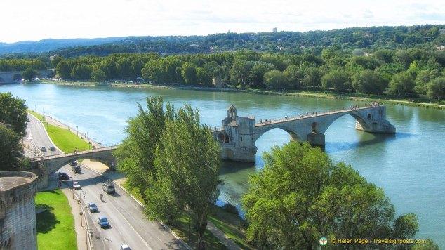 Pont Benezet over the Rhône river in Avignon