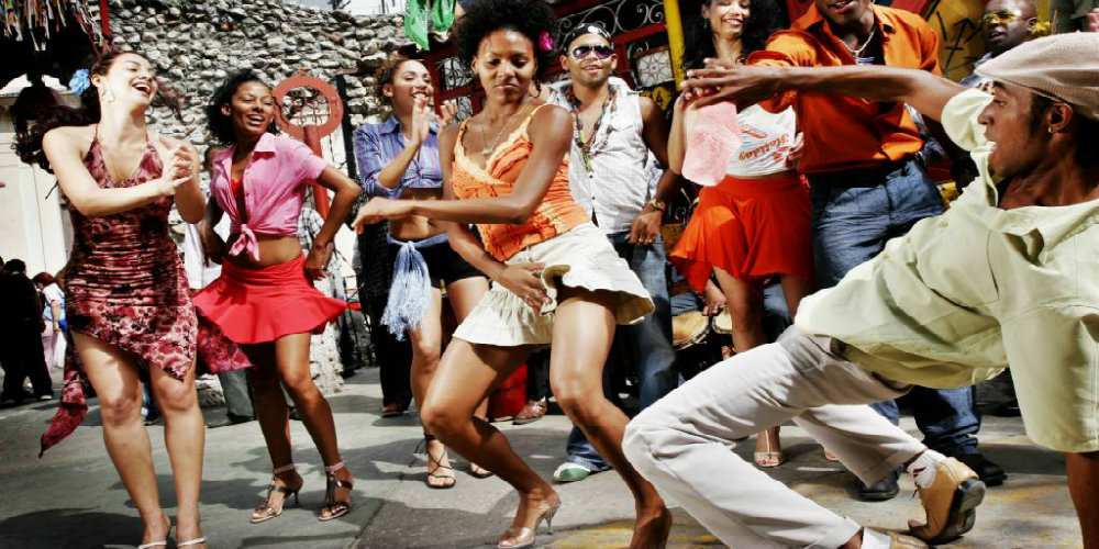Callejon de Hamel Cuba dance party TravelSmart VIP blog