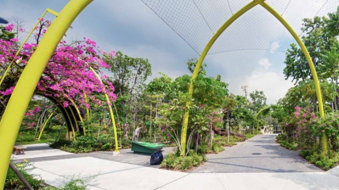 Best Things To Do In Singapore is Visit Gardens by the bay