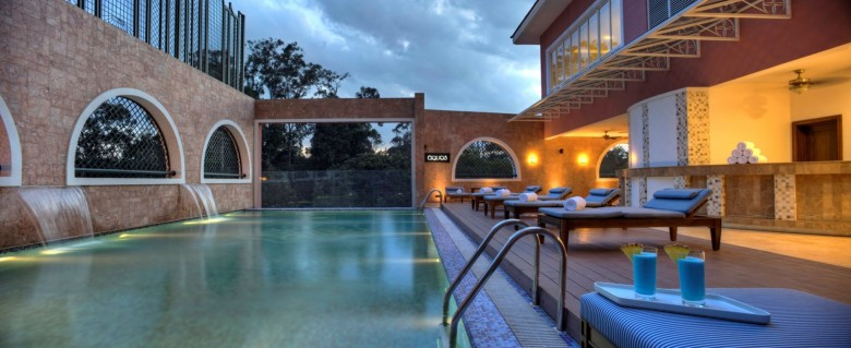 Villa-Rosa-Kempinski-Swimming-Pool - luxafrique