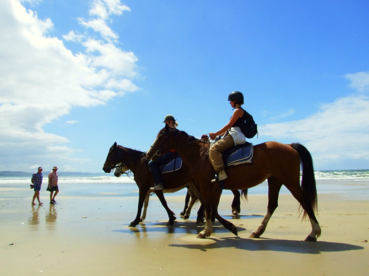 Camping at Buccaneers Backpackers at Cintsa offers lots of activities such as horse riding on the beach.