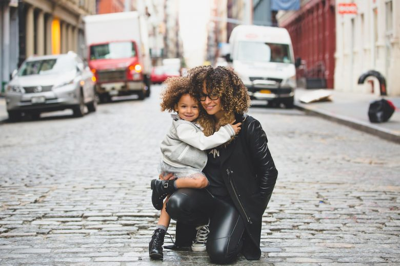 mom and daughter travelling