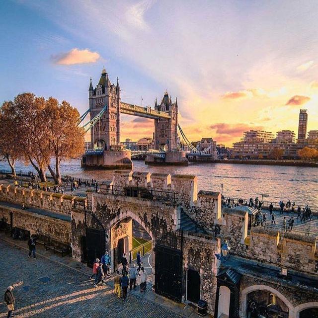 London Tower Bridge Sunset