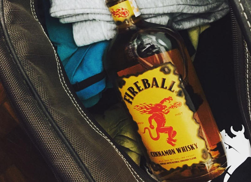 alcohol in luggage