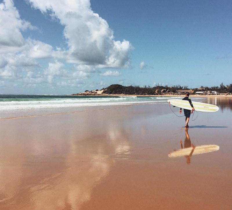 surfing mozambique