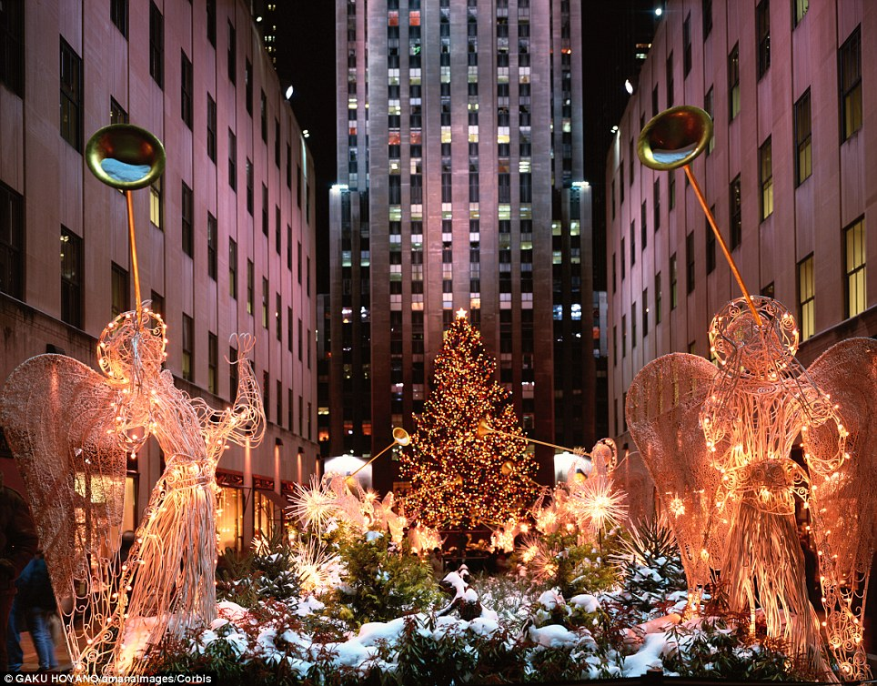 When does new york take down their christmas decorations for When does new york start decorating for christmas