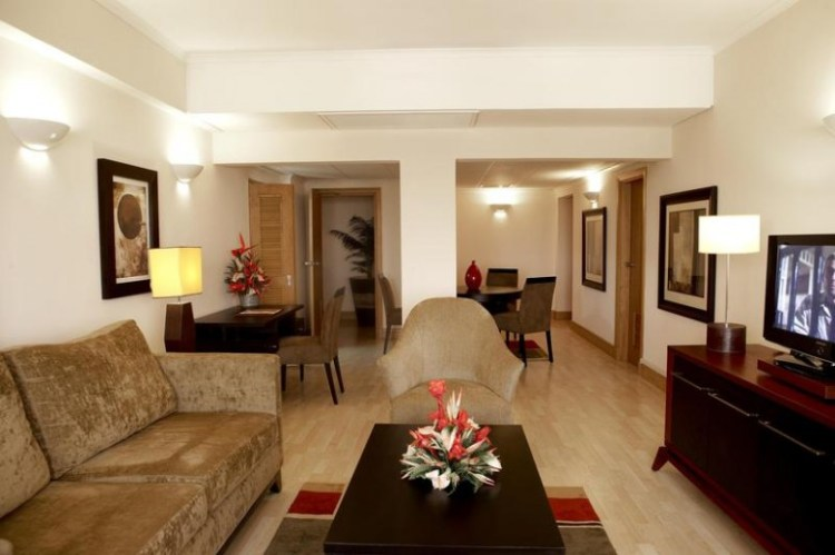 APARTMENT KING 2 BED CITY FACING - Federal Palace Hotel