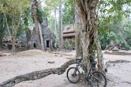 templi-angkor-in-bicicletta