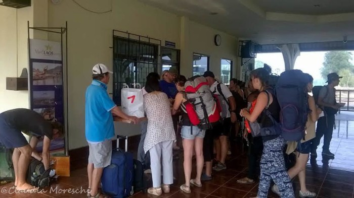 In stazione a Thanaleng, check-point laotiano