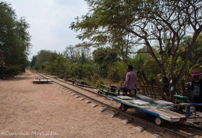 Il trenino di bambù pronto a partire