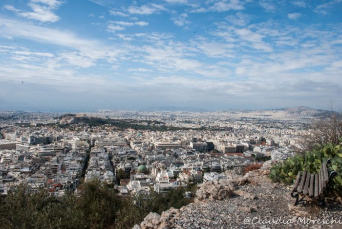 La incredibile vista su Atene dalla Collina del Licabetto