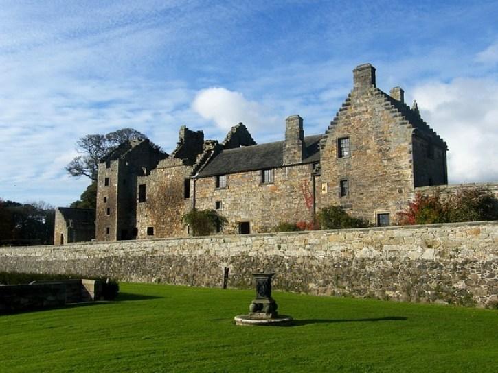 Best Castles in Scotland   Aberdour Castle