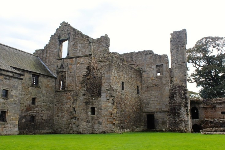 Castles in Scotland | Aberdour Castle