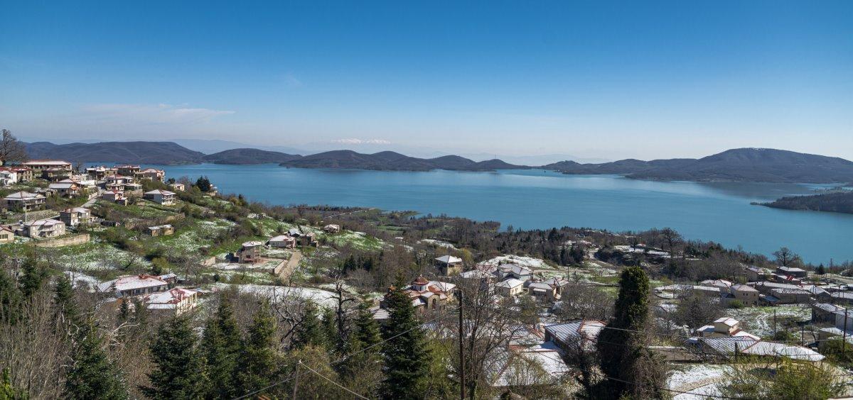 Πανοραμική άποψη της λίμνης Πλαστήρα