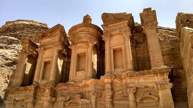 petra travel blog.