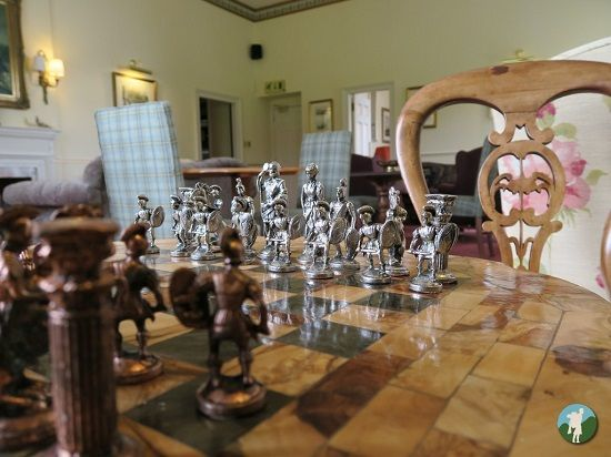 melville castle review chess.