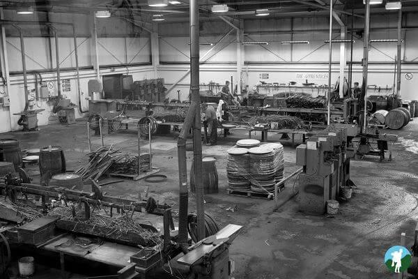 reviewing speyside whisky distilleries cooperage floor