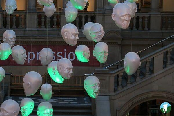 cultural glasgow kelvingrove floating heads