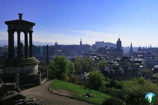 Calton hill view edinburgh on a budget