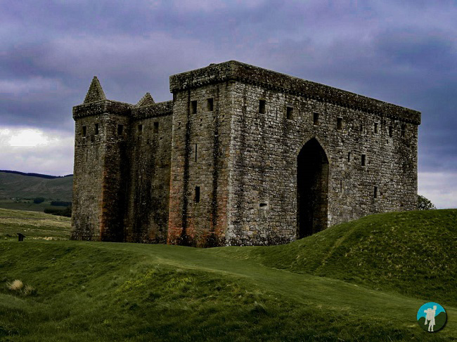 hermitage castle scotland photo blog
