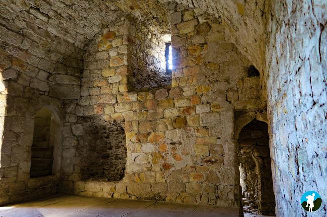 exploring dollar glen castle campbell interior