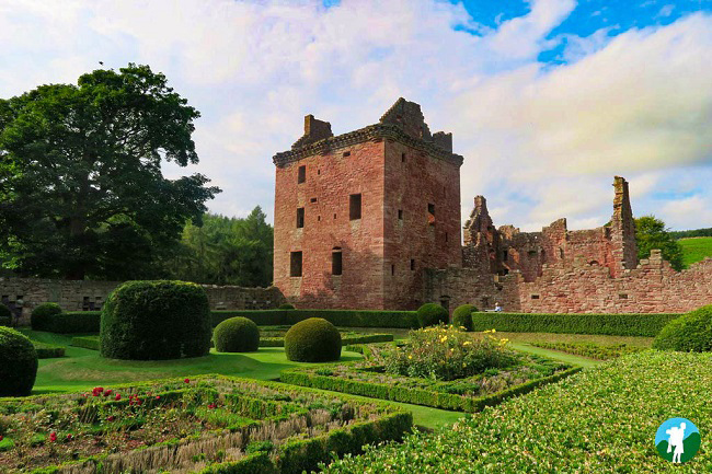 edzell castle threave scottish castles to visit