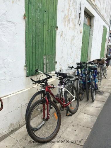 Ile de Ré, France: Bicycles, Beaches, Bastions & Baguettes