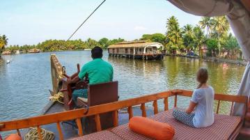 Mit dem Hausboot auf den Backwaters