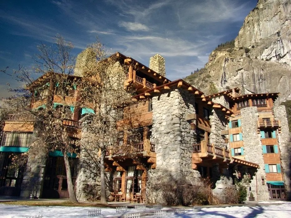 Lodging and Dining in Yosemite National Park