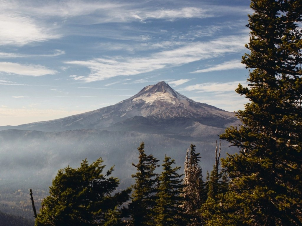 Mount Hood Suggested Itineraries, Hotels & Restaurants