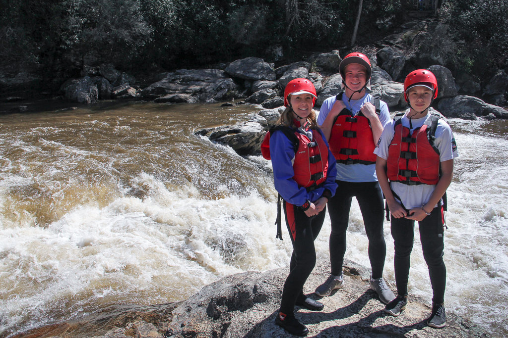 Rafting Chattooga River: Scouting Bull Sluice Rapid