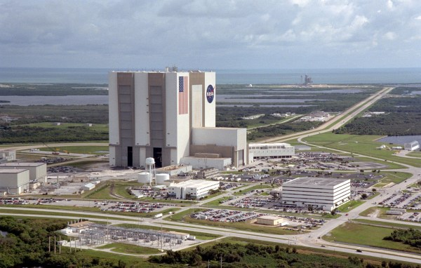 Travel Thru History Tour Kennedy Space Center on Florida's ...