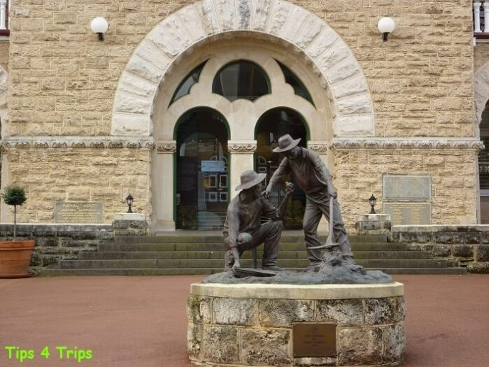 Statue of miners in front of Perth Mint. What you need to know when taking a Perth Mint Tour in Western Australia. A Perth day trip for all ages and families with kids.