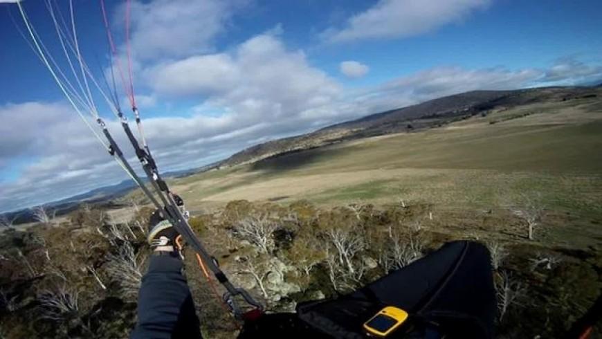 paragliding tasmania 2