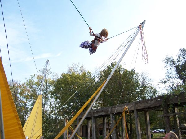 Leesburg Inflatable Bungee Jumping