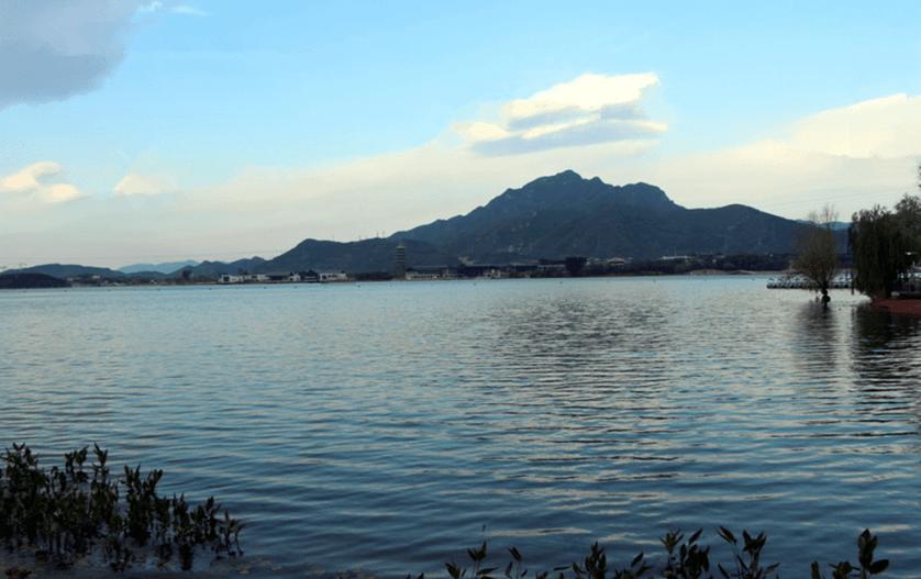Yanqi Lake Scenic Area