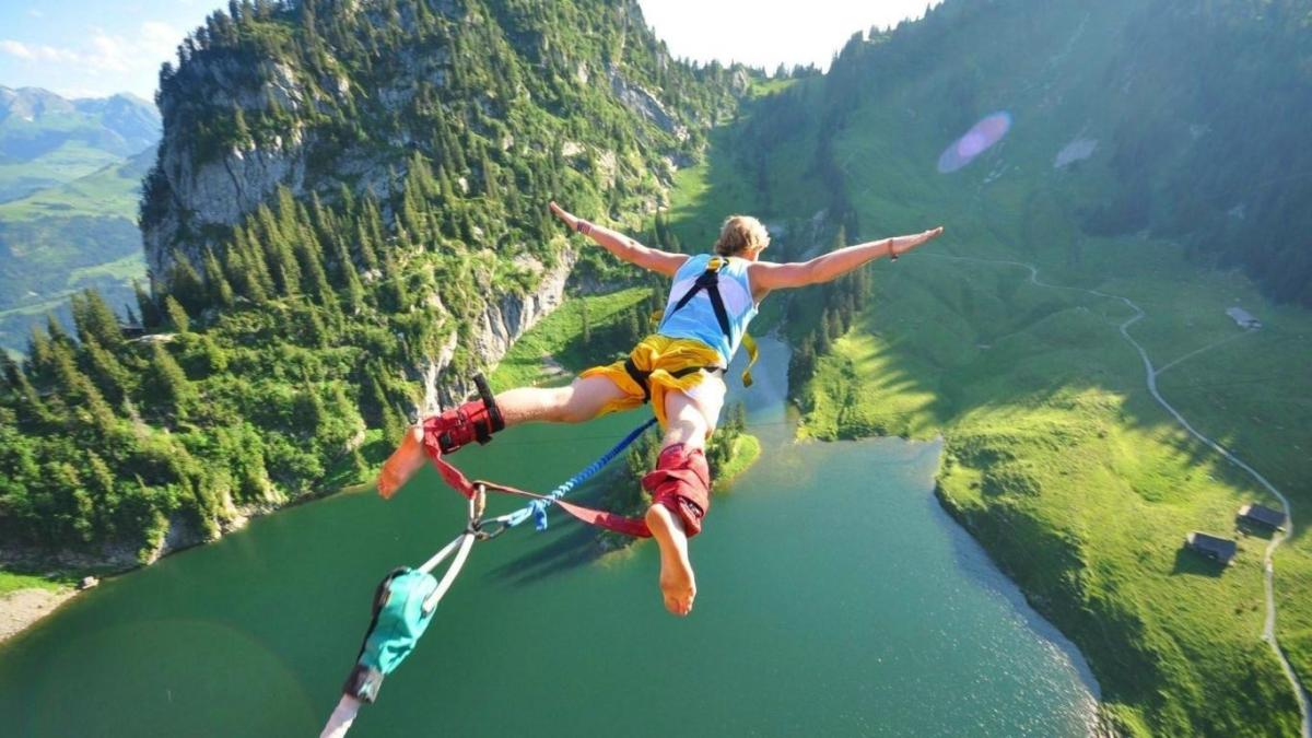 Australia's Very Best Bungee Jumping Destinations • Travel Tips