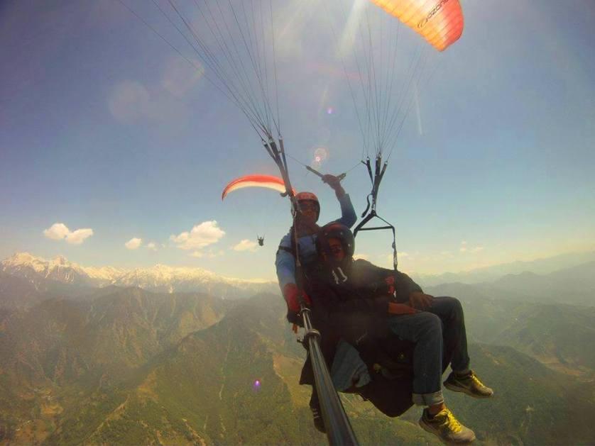 Paragliding In Bir Billing, India