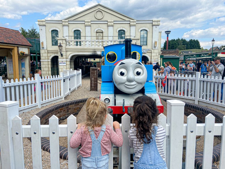 eight Methods To Put together For Visiting A Theme Park