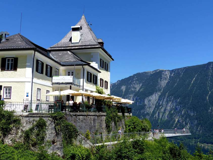 The Rudolfsturm Restaurant behind the Hallstatt skywalk.