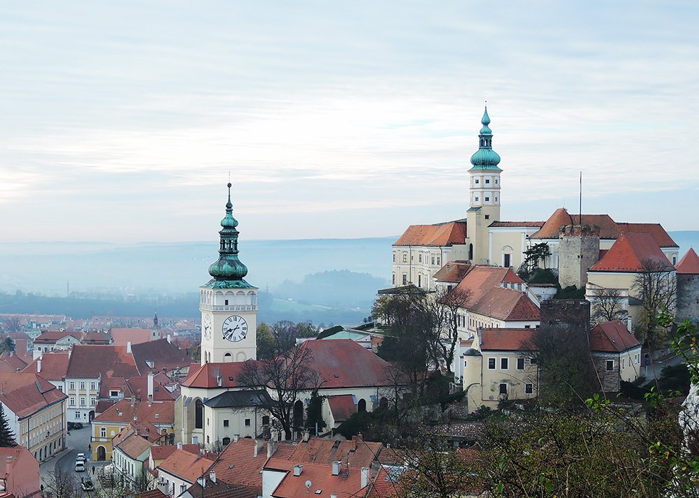 One of the best day trips from Vienna is to take the train to the Czech castle town of Mikulov.