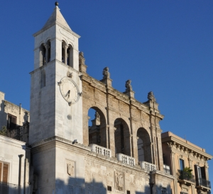Bari 008 - Palazzo del Sedile on Market Square