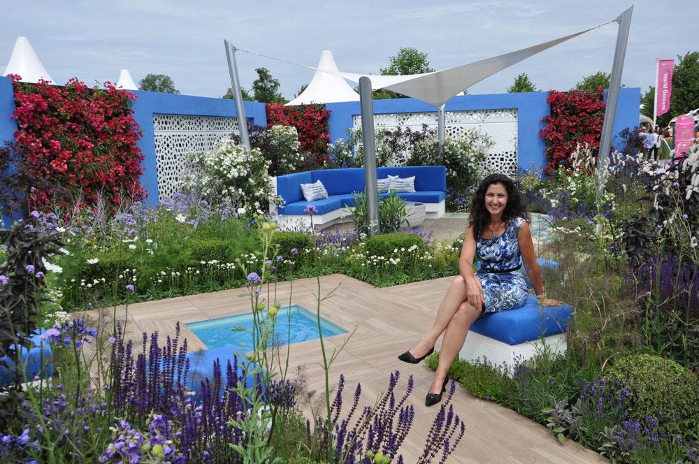 Garden designer Esra Parr en ja moment of peace in her Spirit of the Aegean Garden