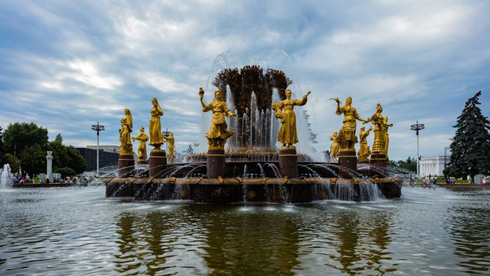 A 'Monumental' Visit to Moscow