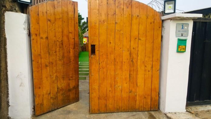 Ofada boy gate