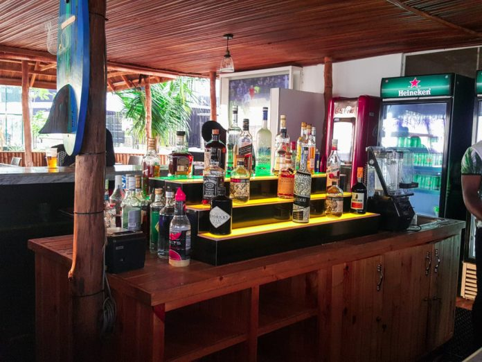 landmark leisure beach bar