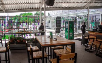 w bar lounge restaurant in lagos