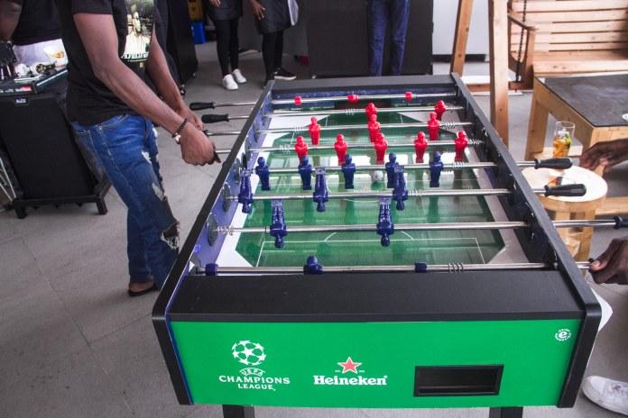 games at restaurant