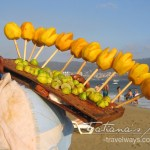 Fresh mangoes served on the Acapulco beaches